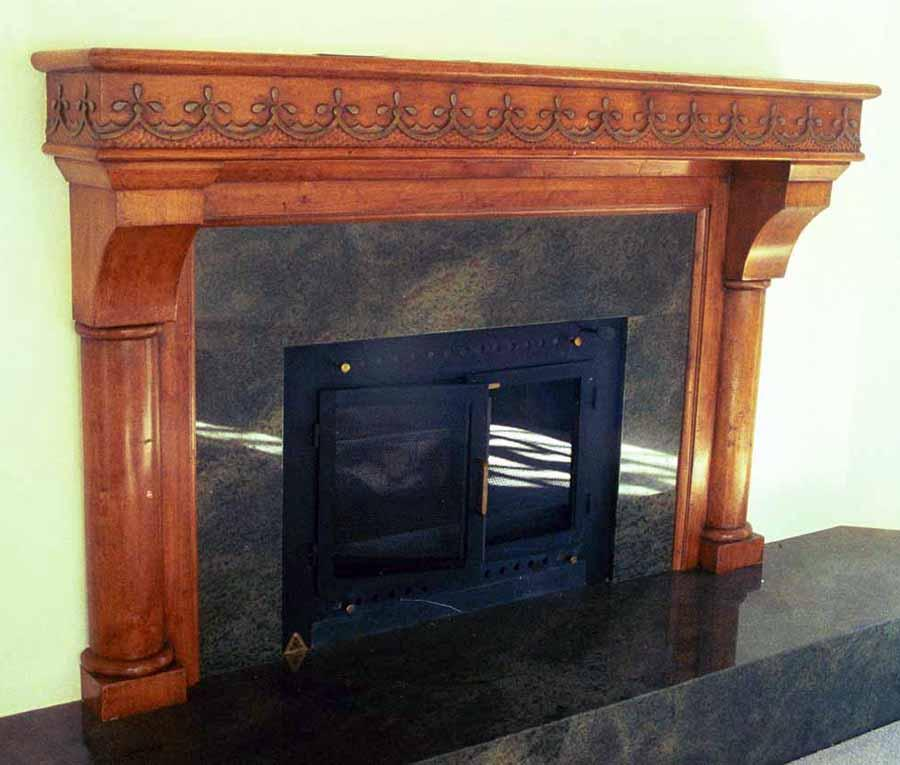 Charmant Carved Mantle